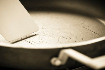 What are the Best Skillets for Professional Chef Cooking?