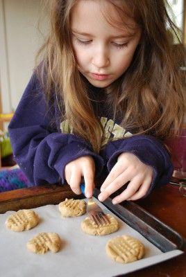11 year old girl makes cokies