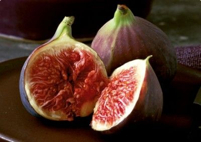 Ripe figs have many uses.